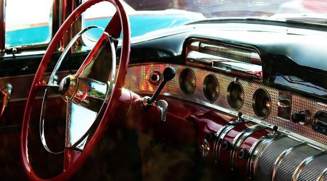 Miss Daisy und ihr Chauffeur (Pixabay)